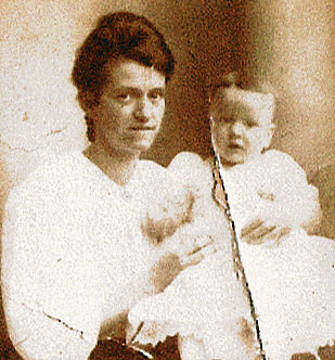 Pinder Lula Bell and son Howard West c1904.